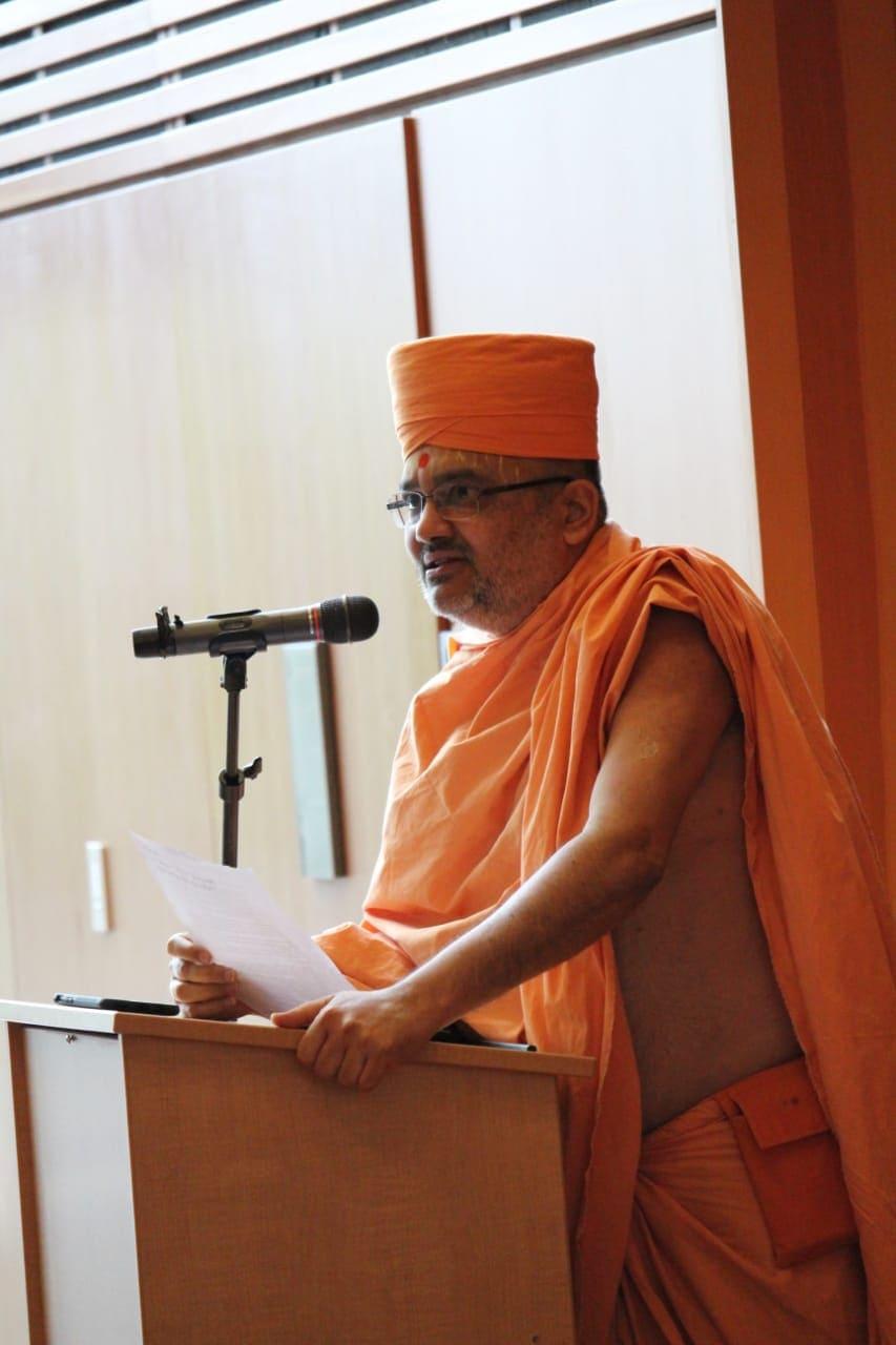 """Mahamahopadhyaya Bhadreshdas Swami presents a paper in Sanskrit on """"Bhagwan Swaminarayan's Akshar Purushottam Darshan: Ontology, Soteriology,"""