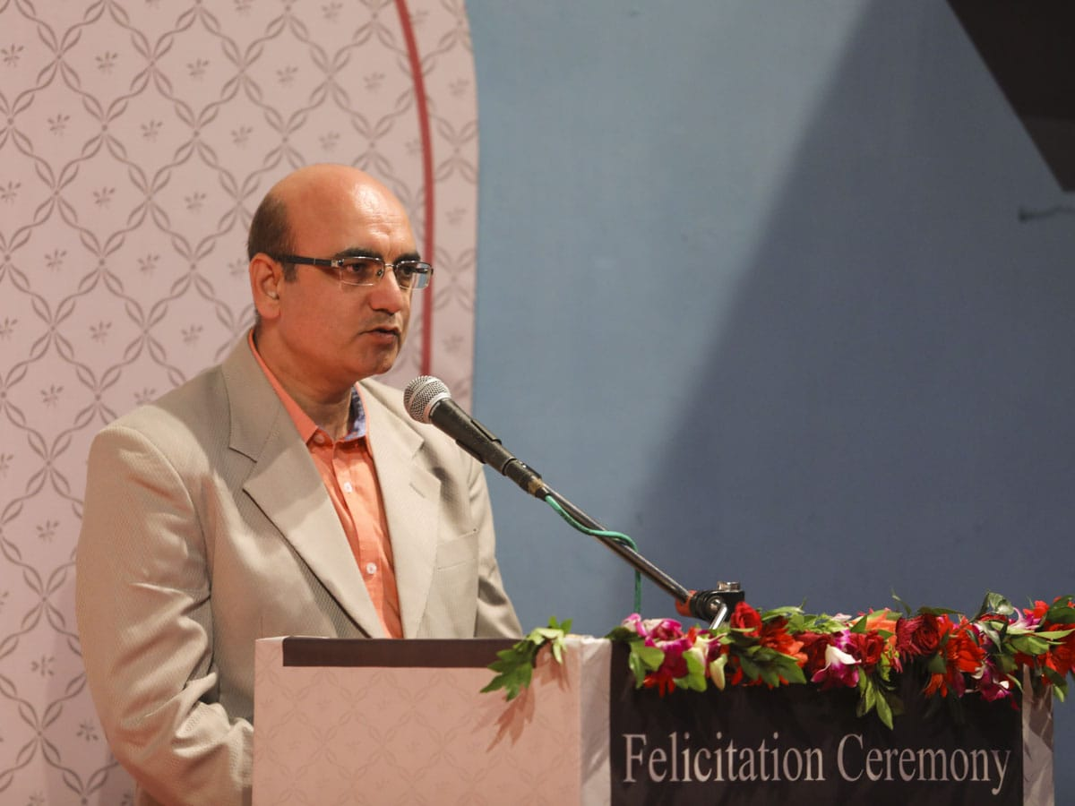 Prof. Jayesh Mandanka, master of ceremonies