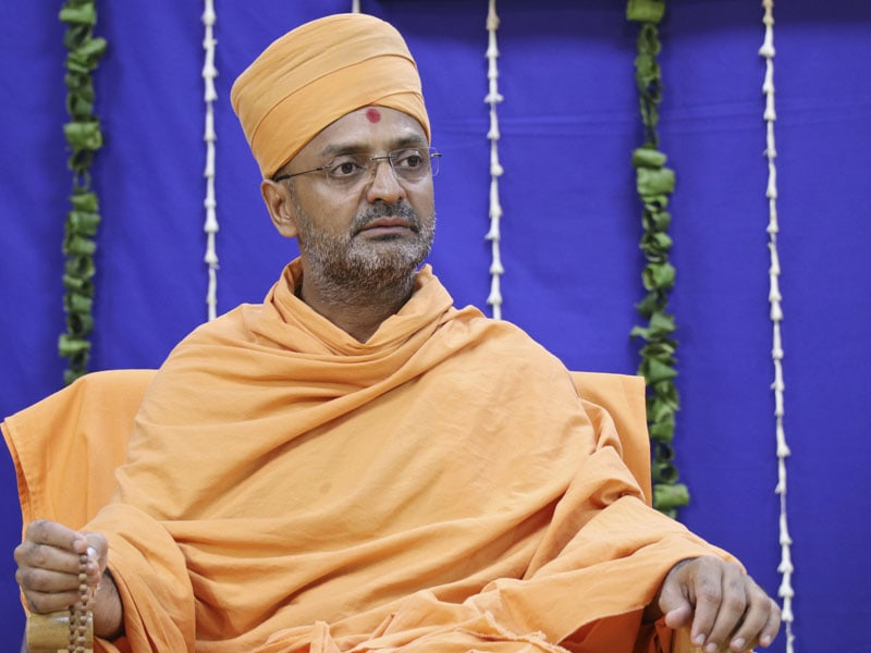 Sadhu Munivatsaldas Swami, Head of Swaminarayan Akshardham in New Delhi, at the assembly